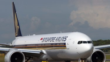 Singapore Airlines is viewed by aviation industry experts as the most likely party to make a full takeover offer for Virgin.