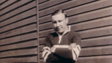 Jim Woods, in the 1930s, playing rugby league in the Maher Cup for Temora.