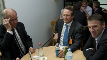 Just a chat over a sandwich ... the Fortescue Metals boss, Andrew Forrest, centre, took the opportunity to lobby the independents Tony Windsor and Rob Oakeshott.