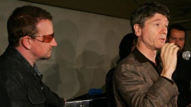 Report architect Professor Jeffrey Sachs, with activist-musician Bono (left).