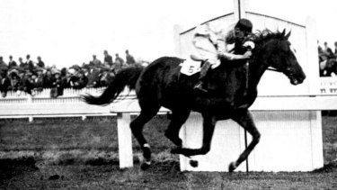 Hack to hero: Mosstrooper wins the G.N.Steeple and Hurdle in 1930.