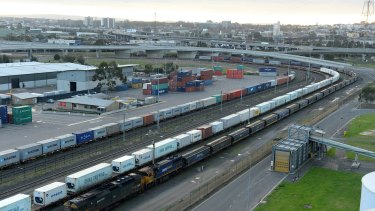The Port of Melbourne has called for an increase in freight on rail as the port expands.