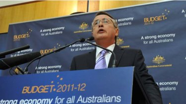 """""""We need to strike the right balance between fiscal dicipline and continuing to support job creation and growth"""" ... Treasurer, Wayne Swan."""