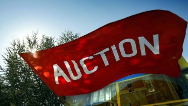 A disappearing sight on Australian streets as auctions lose their appeal.