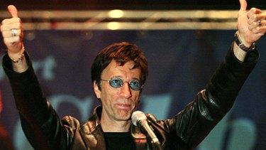 Disco dancin' ... Robin Gibb has announced his Australian tour.
