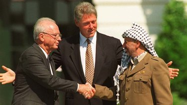 Bill Clinton with Rabin and Yassar Arafat in 1993.