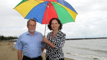 David Robinson, from the Queensland Climate Change Centre of Excellence, with Environment Minister Vicky Darling at Shorncliffe.