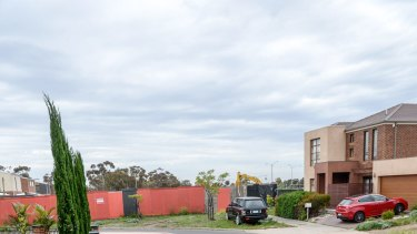 Cairnlea residents are concerned about the asbestos dump in their neighbourhood.