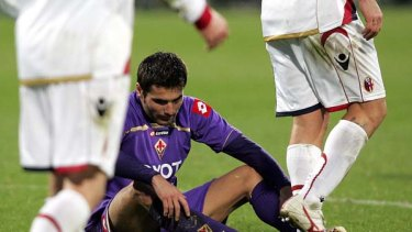 Adrian Mutu in action for Fiorentina earlier this year.