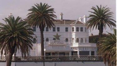 Grungy St Kilda Music Venue The Esplanade Hotel To Close For Makeover
