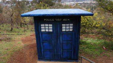 A mystery Doctor Who TARDIS appears near the Red Hill Lookout.