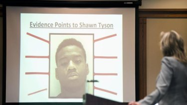 Prosecutor shows jurors a slide outlining the state's evidence against Shawn Tyson.