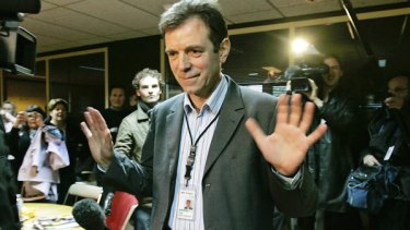 The director of 3M's French unit, Luc Rousselet, is released after being held overnight by workers.