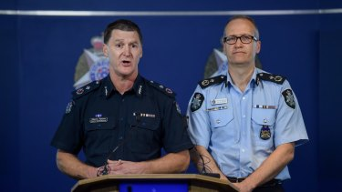 Victoria Police deputy commissioner Shane Patton (left) and AFP assistant commissioner Ian McCartney.