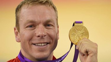 Another gold ... Chris Hoy.