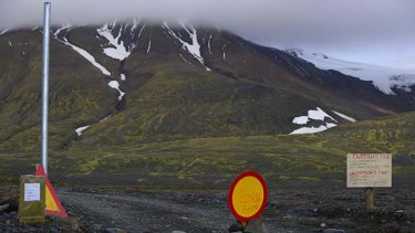 Red to orange: Iceland has removed a ban on air traffic over rumbling at the Bardarbunga volcano.