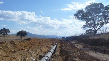 Installation of the Murrumbidgee to Googong pipeline.