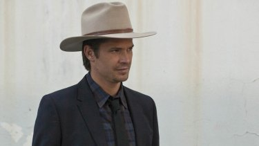 Timothy Olyphant plays US Marshal Raylan Givens with unblinking composure.