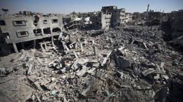 Families returned to Gaza City on Saturday to find their homes ground into rubble by relentless Israeli tank fire and air strikes. The death toll in Gaza soared to more than 1,000 as bodies were pulled from the rubble during a 12-hour truce.