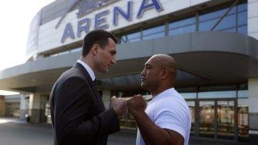 Axel Leapai (right) sizes up Ukrainian heavyweight boxing world champion Wladimir Klitschko.