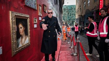 Lush's public art event in Hosier Lane Street saw art patron Andrew King posing as museum security.