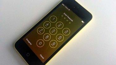 Vulnerability: The iOS 7 lock screen.
