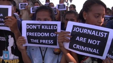 Timorese journalists have been supported by public in East Timor.