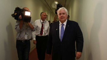 Fairfax MP Clive Palmer says he will not talk to the government on the budget unless he gets more staff for his senators.
