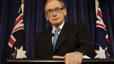 Labor MP Bob Carr at his press conference announcing his resignation from parliament.