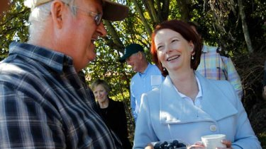 Julia Gillard meets blueberry farmer Ridley Bell on a visit to the Wollongbar Primary Industries Institute on the NSW north coast.