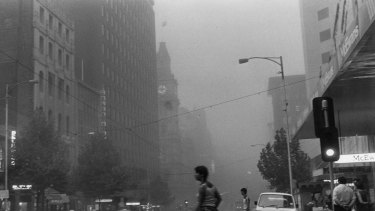 Bourke St, shortly after the giant dust storm hit Melbourne.