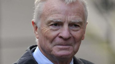 A French court has demanded Google block links to images of a sadomasochistic orgy involving former Formula One boss Max Mosley.