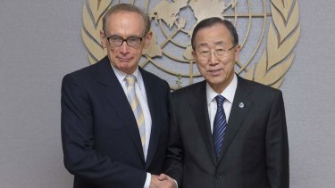 All the world's a stage: Bob Carr with United Nations secretary-general Ban Ki-moon.