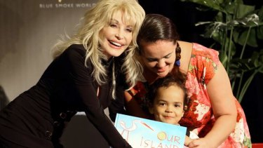 Singer Dolly Parton began her Australian tour this week with the launch of the Dolly Parton Imagination Library.