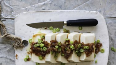 Silken tofu with onion and garlic.