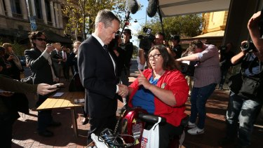 Margo spoke to Mr Shorten about problems faced by people with a disability getting on to trams.