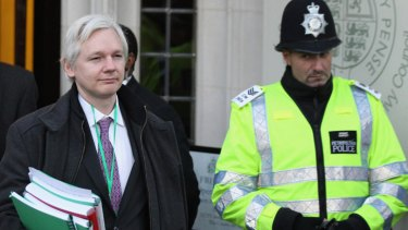 Voters appear keen to back Julian Assange in his bid for a Senate seat, despite the WikiLeaks founder's legal woes in Europe.