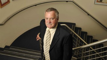 ighting back: Clive Peeters managing director Greg Smith.