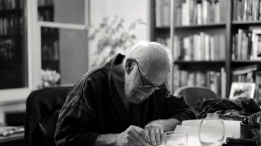 """My Own Life"". Oliver Sacks never emailed or texted, but always wrote with a fountain pen."