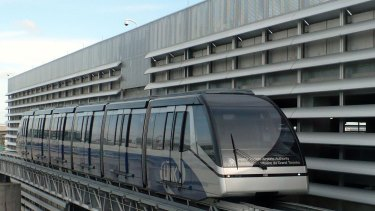 Both major parties are interested in adding a rail link to Melbourne Airport.