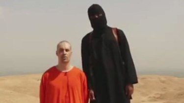 A screenshot of the video showing the moments before the purported execution of James Foley.