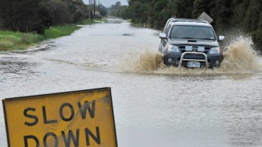 The Senate inquiry will examine the likelihood of increased extreme weather events and Australia's preparedness to cope.