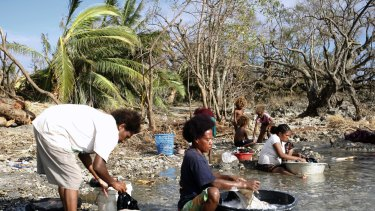 """Women on Tanna Island after Tropical Cyclone Pam: """"The worst cyclone in living memory''."""