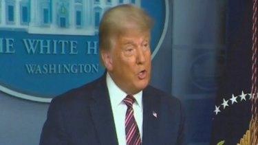 US President Donald Trump has pardoned former national security adviser Michael Flynn.