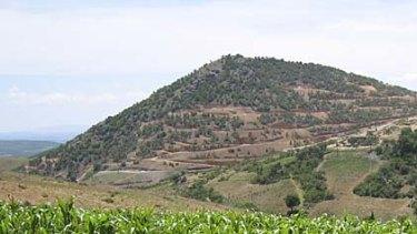 Cerro Resources' Cerro del Gallo mine is expected to begin producing gold in 2012-13.