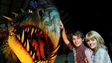 Winging it &#8230; Rarmian Newton and Sarah McCreanor come face to face with a Deadly Nadder from <em>How to Train Your Dragon</em>.