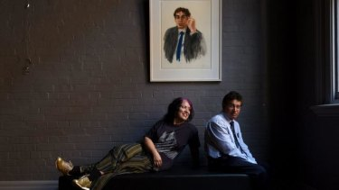 Australian artist Wendy Sharpe with Hikmat Shah, who escaped the Taliban.