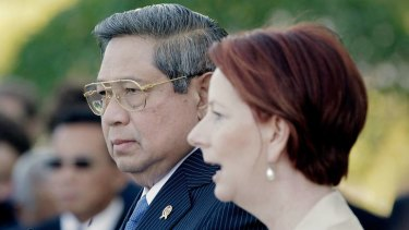 Indonesian President Susilo Bambang Yudhoyono and Australian Prime Minister Julia Gillard address media at Northern Territory Parliament House in July.