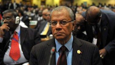 Mauritius' Prime Minister Navin Chandra Ramgoolam says he will stay away from this week's Commonwealth summit in Sri Lanka because of the host's poor human rights record.