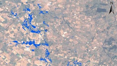 Satellite monitoring of floods showing Narromine at 18:29 AEDT on 6/12/2010.